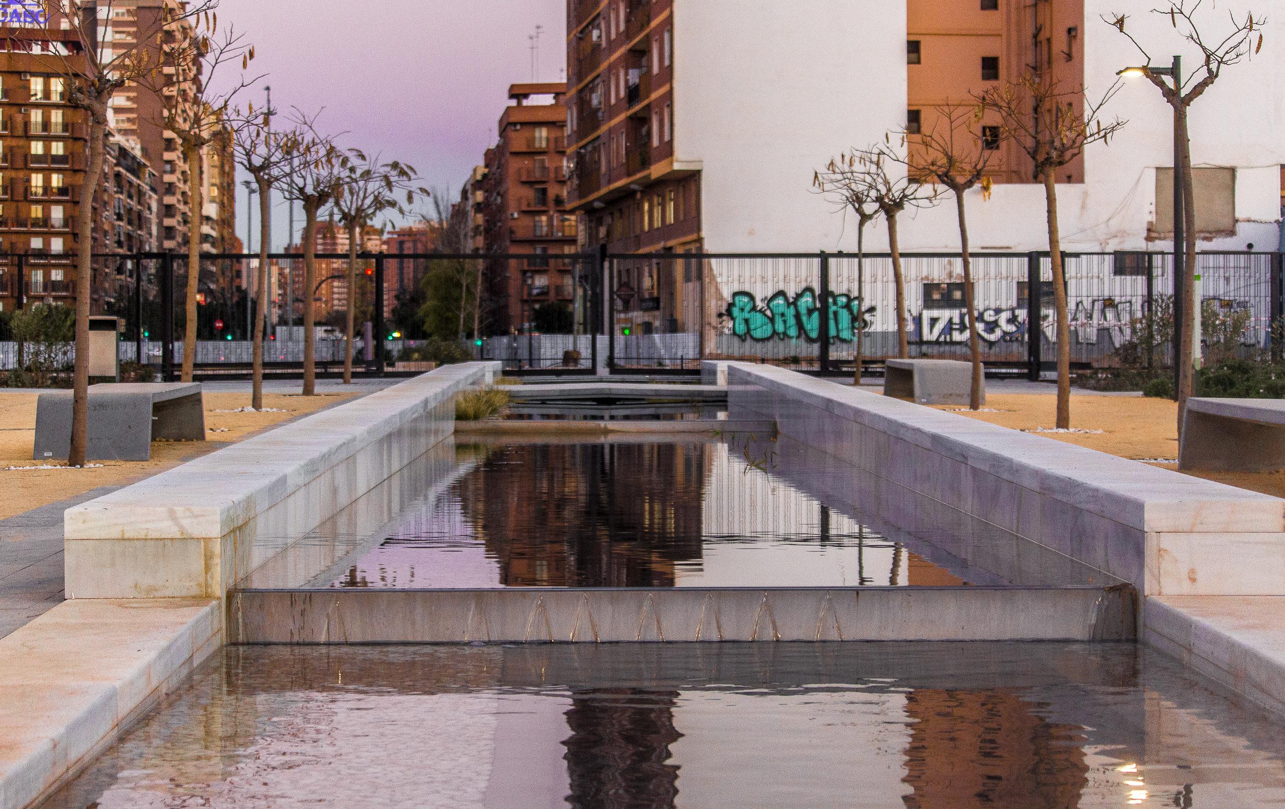 Eine mehrstufige Wasserbahn